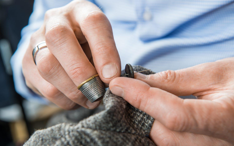 Mittojen mukaan valmistetut kauluspaidat helposti toteutettuna